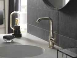 6 GROHE Essence Colours 5.jpg