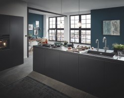 GROHE Kitchen Sinks_Keyvisual.jpg