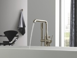 6 GROHE Essence Colours 1.jpg